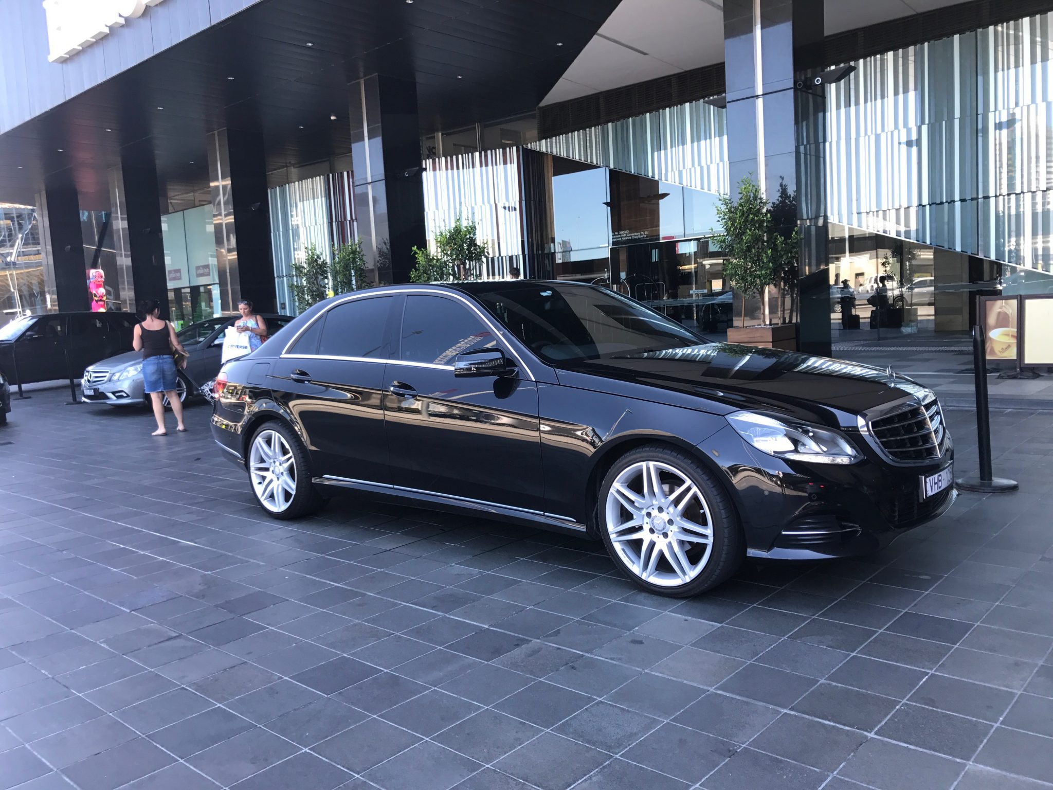 Hire Private Chauffeur car hire in Yarra Valley Melbourne Victoria
