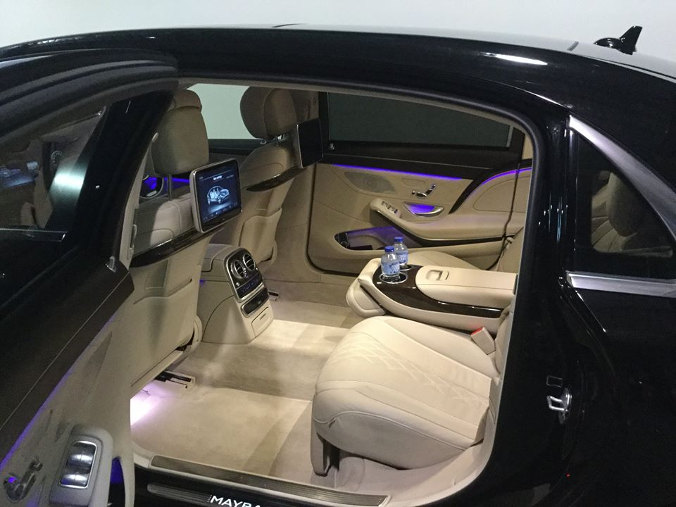 Mercedes for Private airport transfers Gold Coast